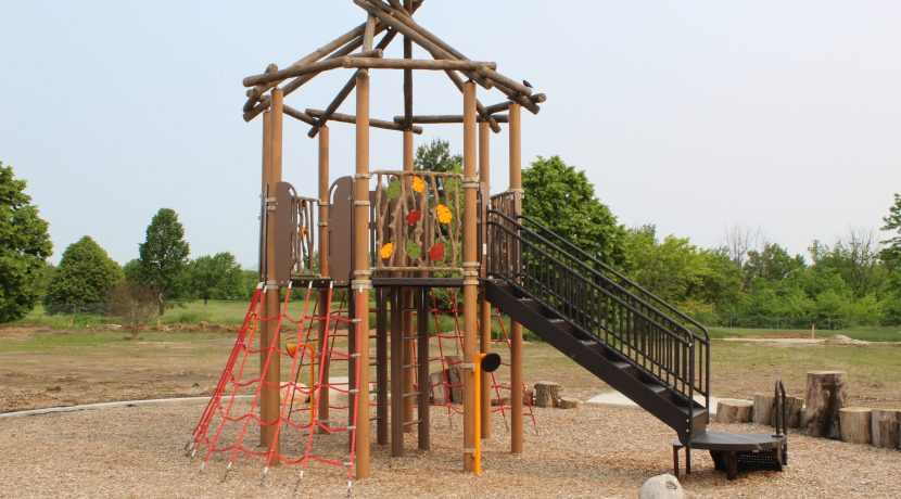 Custom Tree House Play Structure at Heritage Park in Homer Glen, IL