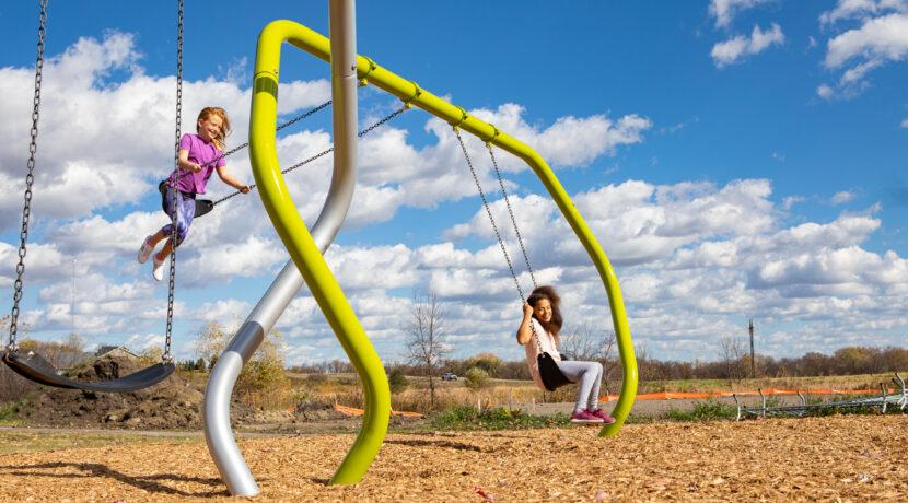 Hedra Swing Frame